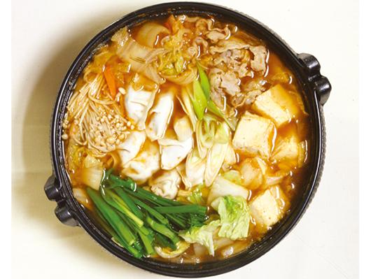 ピリっと♪キムチ餃子鍋