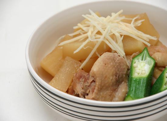 ~煮物だしで簡単♪電気炊飯器で作る大根と鶏肉の煮物