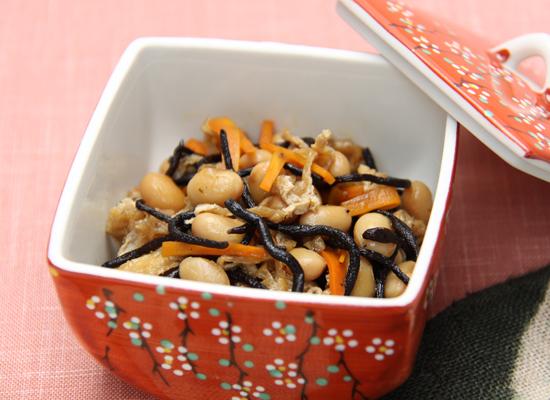 炊き大豆とひじきの煮物