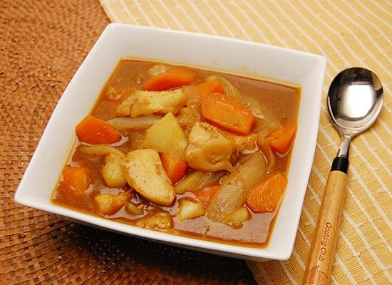 白身魚のカレースープ