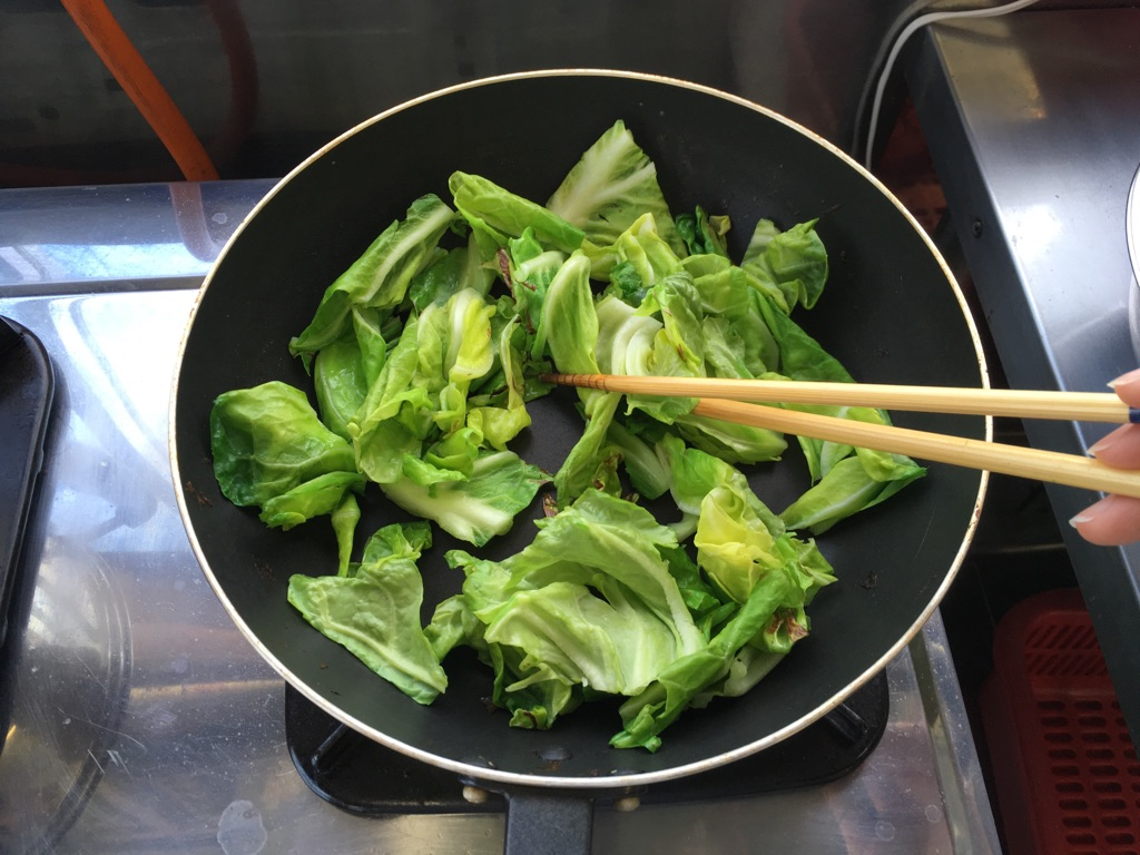 春キャベツと玉子のとろみ炒め:手順2