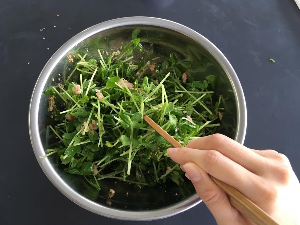 豆苗ツナサラダ:手順1