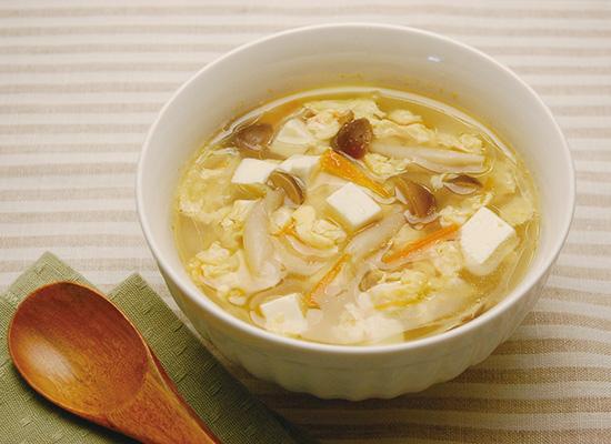 きのこと豆腐のふんわり玉子スープ