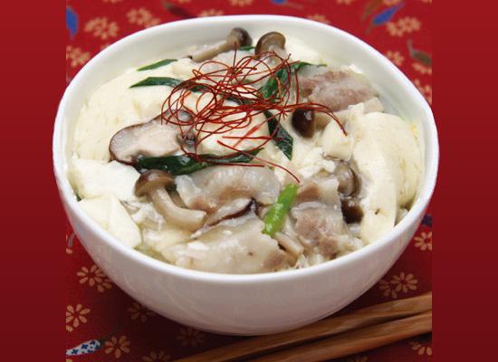 きのこと豆腐の白だしあんかけ丼