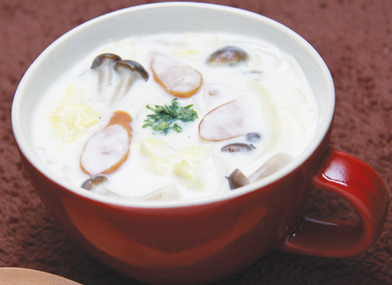 白菜のクリームスープ♪~ホワイトソース要らず!