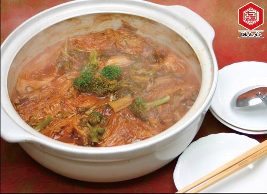 白菜とひき肉のトマトスープ鍋