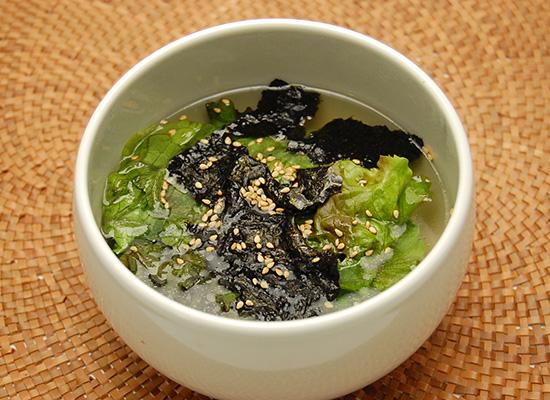 サニーレタスの中華スープ