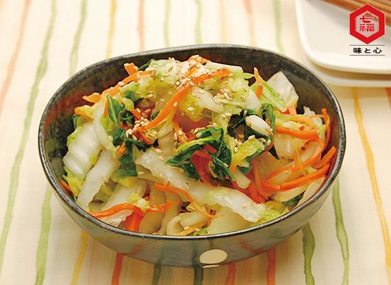 白菜と人参のさっぱり中華風サラダ
