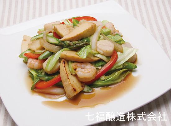 どっさり春野菜と海鮮の炒め物