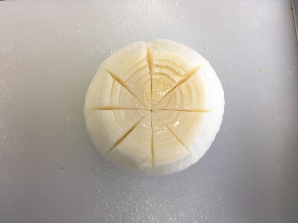 レンジで簡単*新玉ねぎのまるごと白だしバター:手順0